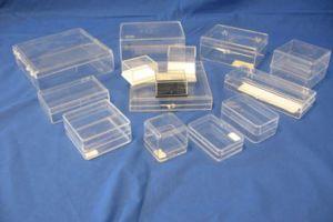 Plastic doosjes